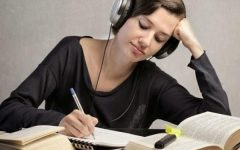 PRO: Listening to Music While Studying
